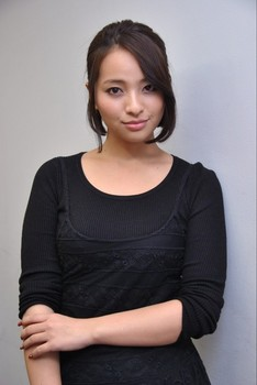 09水崎綾女.jpg